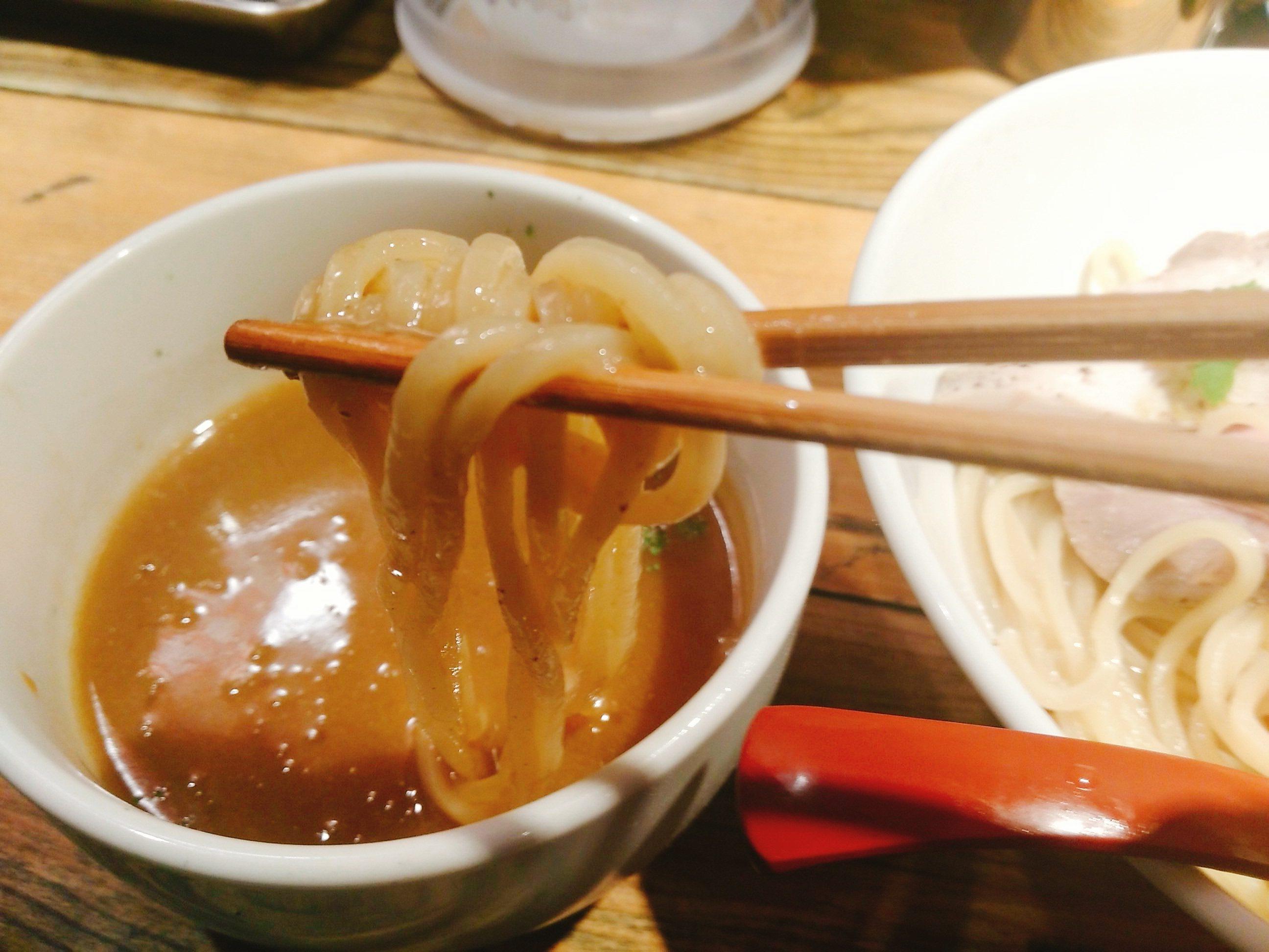 鶏白湯つけ麺リフトアップ